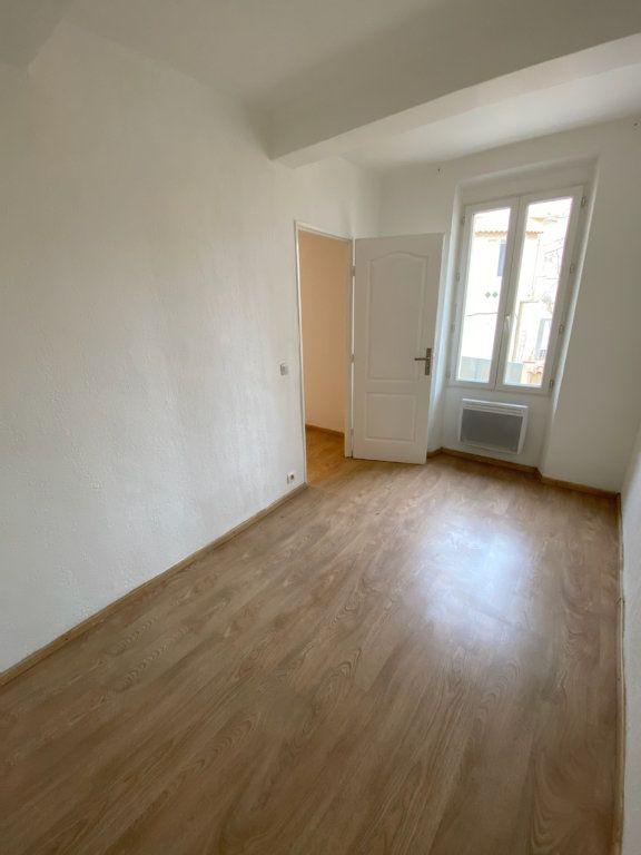 Appartement à louer 2 30.81m2 à Bandol vignette-5