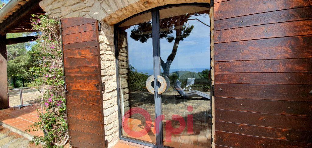 Maison à vendre 7 170m2 à Bandol vignette-8