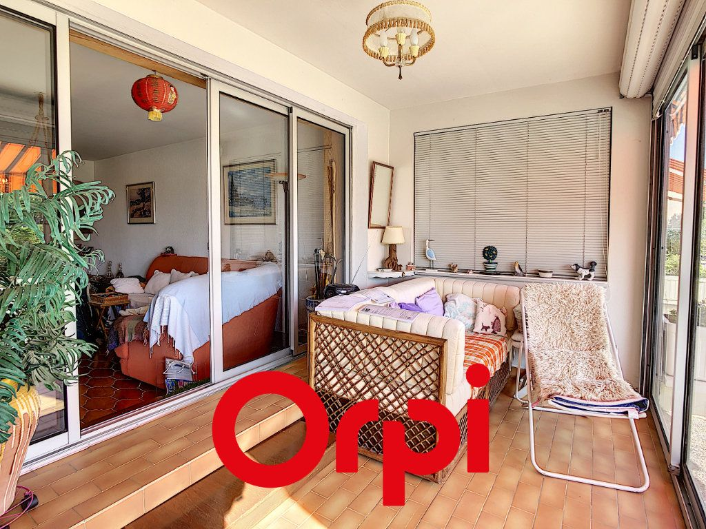 Appartement à vendre 3 75.17m2 à Bandol vignette-9