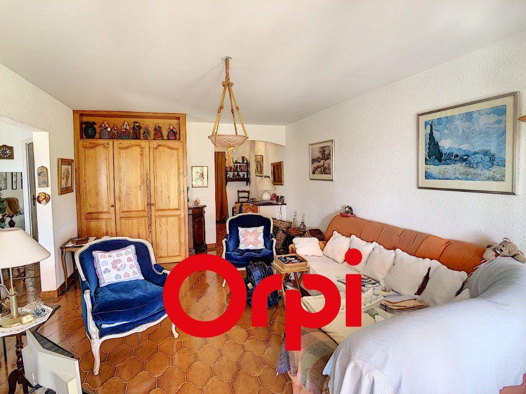 Appartement à vendre 3 75.17m2 à Bandol vignette-14