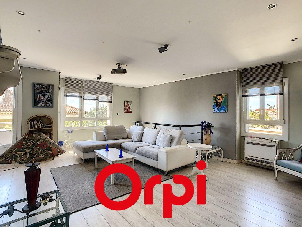 Appartement à vendre 3 94.04m2 à Bandol vignette-1
