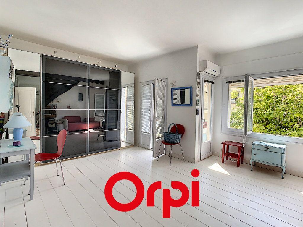Appartement à vendre 3 94.04m2 à Bandol vignette-4