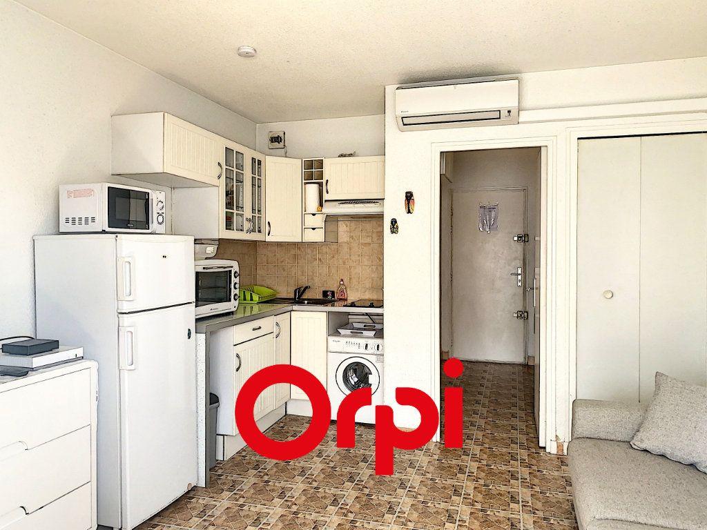 Appartement à vendre 1 20m2 à Bandol vignette-3