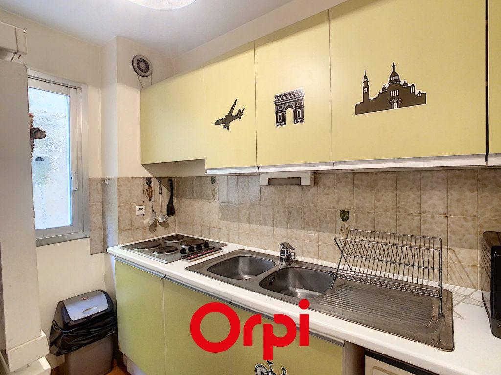 Appartement à vendre 3 51.43m2 à Bandol vignette-3