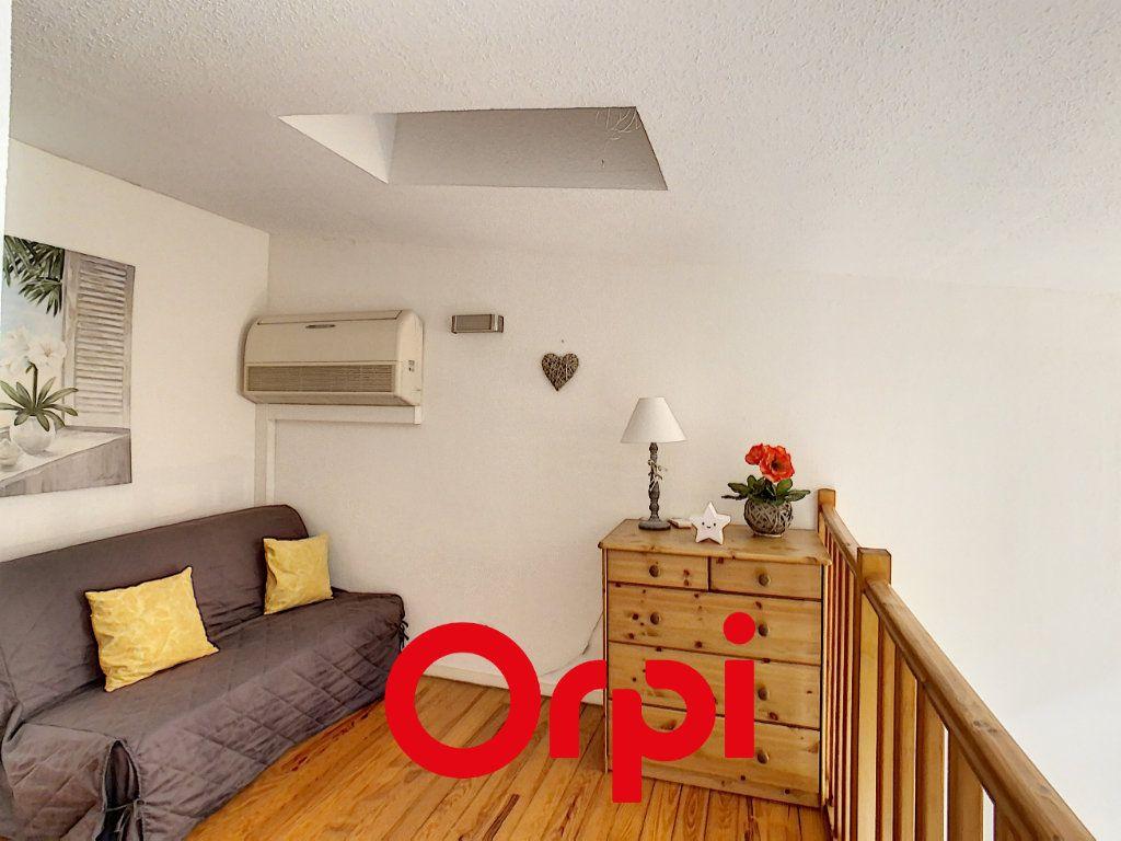 Appartement à vendre 3 64.36m2 à Bandol vignette-4