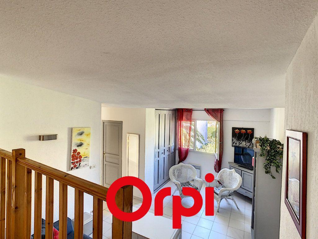 Appartement à vendre 3 64.36m2 à Bandol vignette-5
