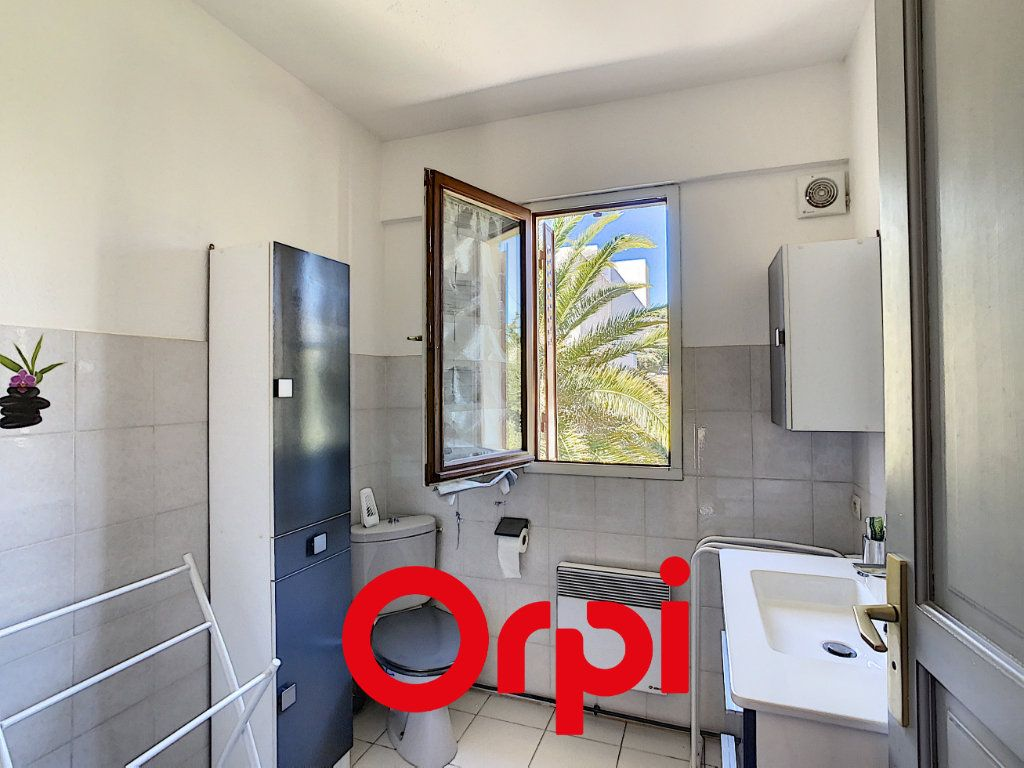 Appartement à vendre 3 64.36m2 à Bandol vignette-7