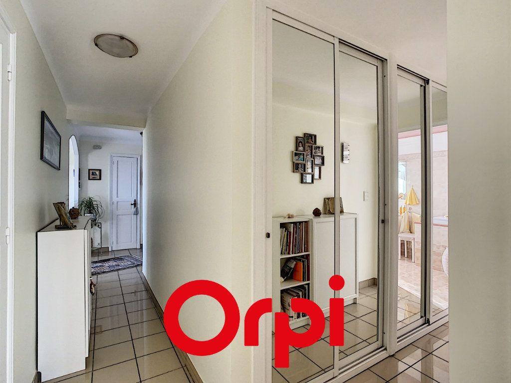 Appartement à vendre 4 99.49m2 à Bandol vignette-9