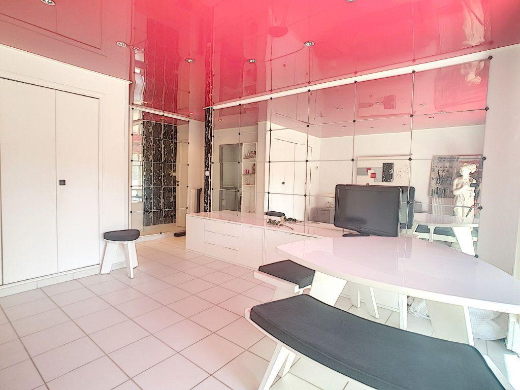 Appartement à vendre 1 32.86m2 à Bandol vignette-4