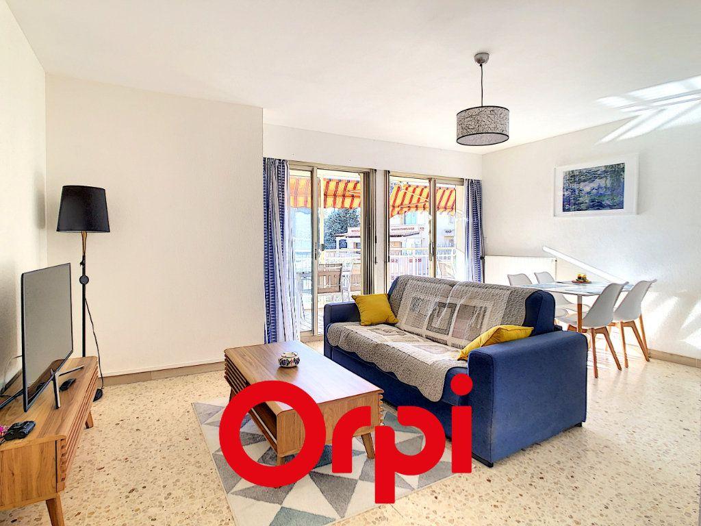 Appartement à vendre 2 54.1m2 à Bandol vignette-2