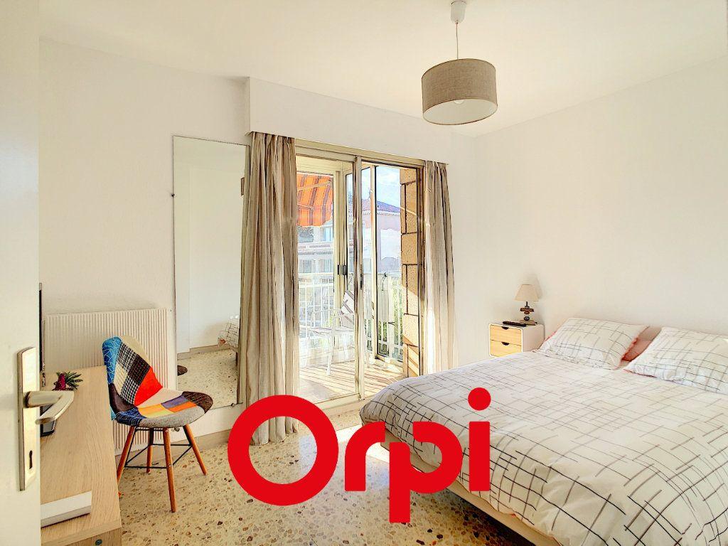 Appartement à vendre 2 54.1m2 à Bandol vignette-3