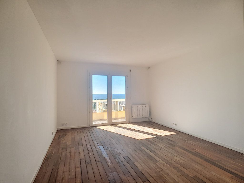 Appartement à louer 2 53m2 à Bandol vignette-10