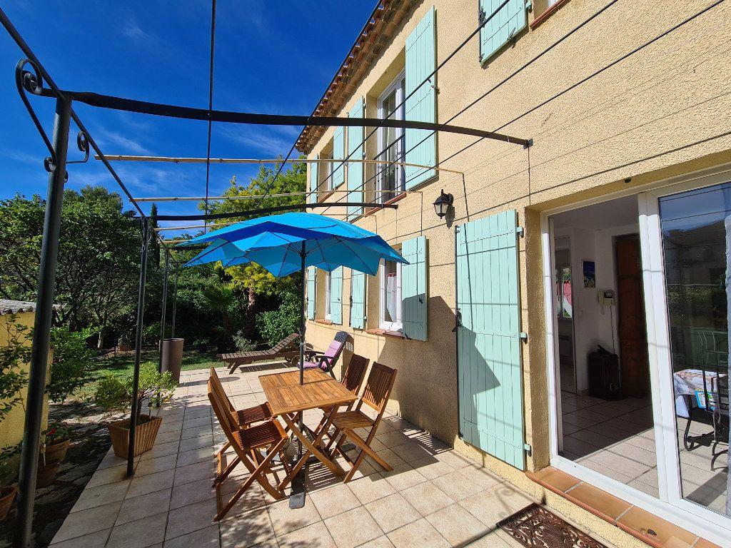 Maison à vendre 5 120m2 à Bandol vignette-2