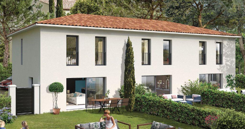 Maison à vendre 4 90m2 à Sanary-sur-Mer vignette-1