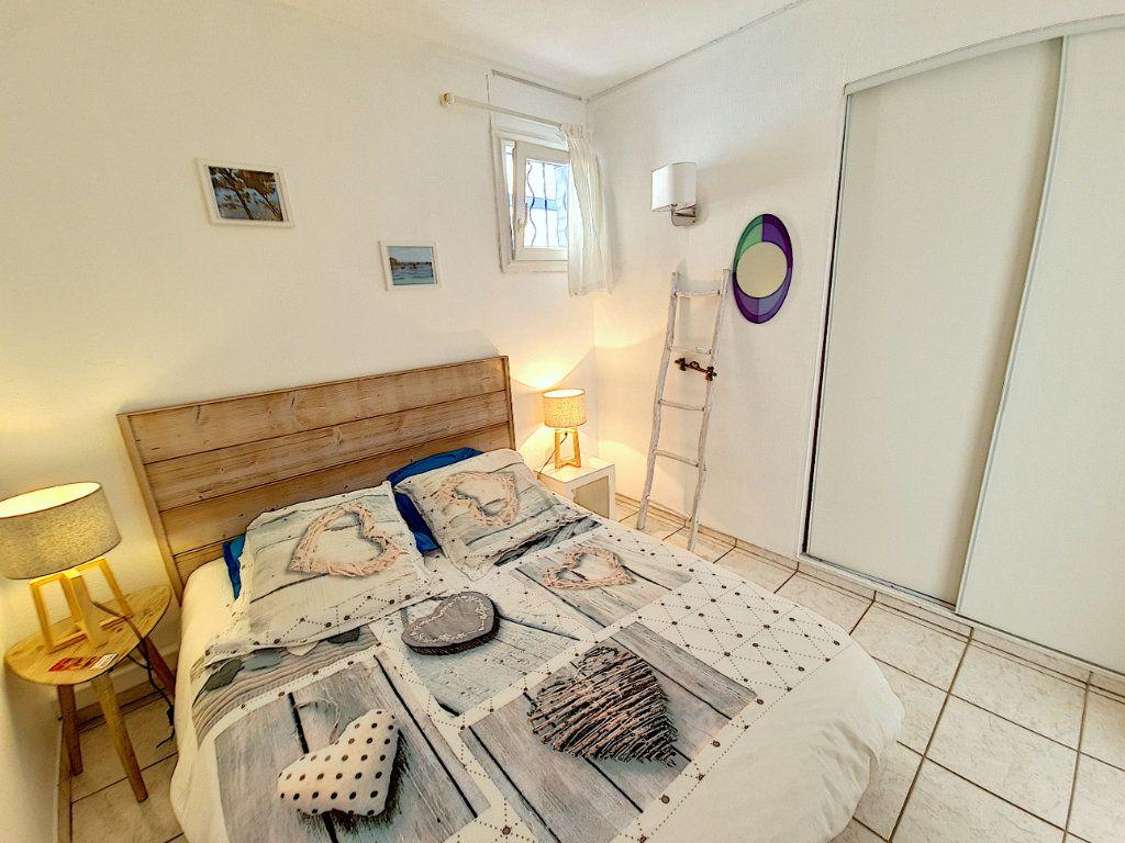 Appartement à vendre 3 53.2m2 à Bandol vignette-8