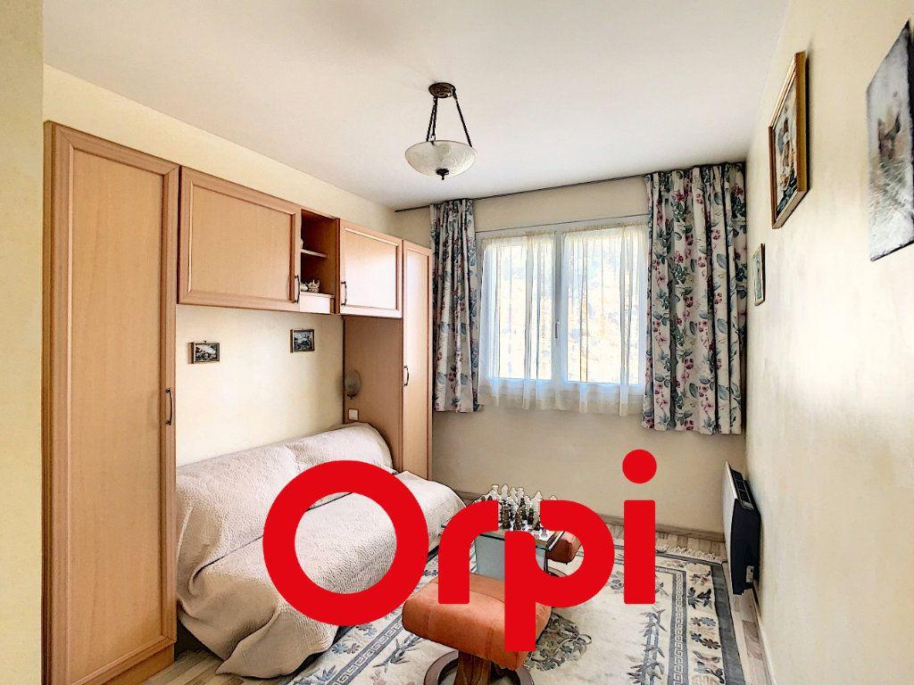 Appartement à vendre 4 101.55m2 à Bandol vignette-7