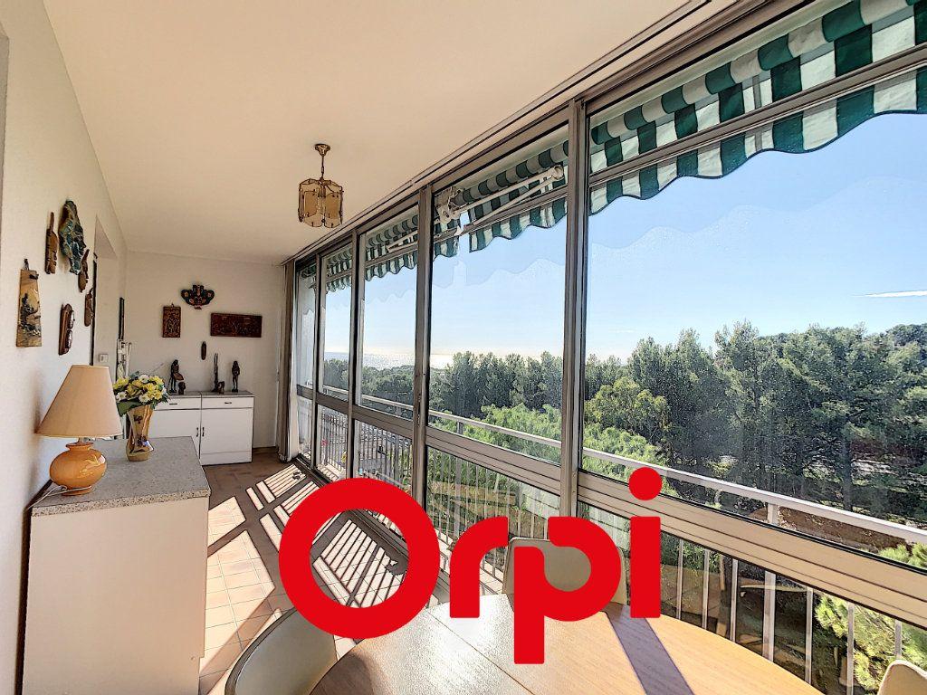 Appartement à vendre 4 101.55m2 à Bandol vignette-10