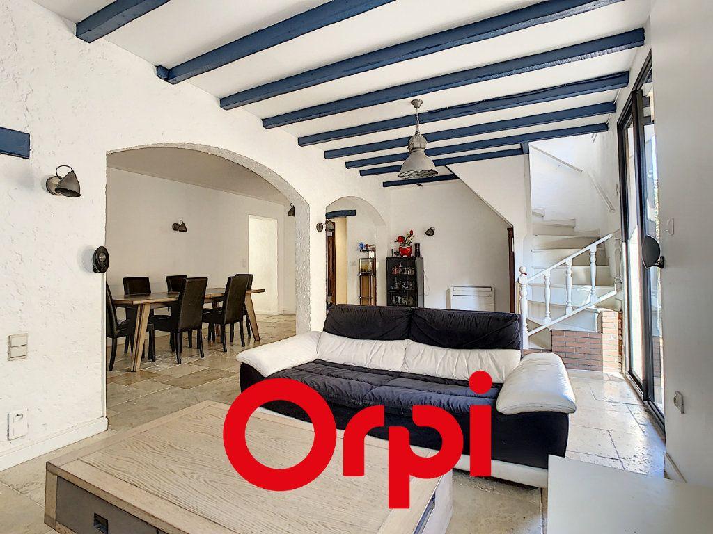 Appartement à vendre 6 133m2 à Marseille 11 vignette-2