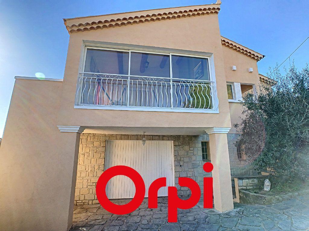 Appartement à vendre 6 137.9m2 à Ollioules vignette-1