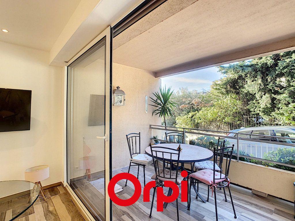 Appartement à vendre 1 28m2 à Bandol vignette-6