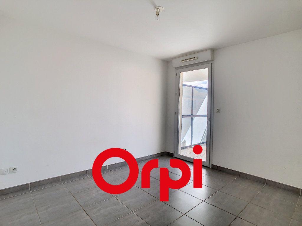 Appartement à vendre 2 44.7m2 à Bandol vignette-5