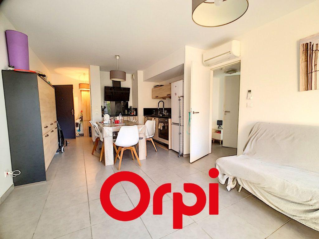 Appartement à vendre 3 60m2 à Bandol vignette-9