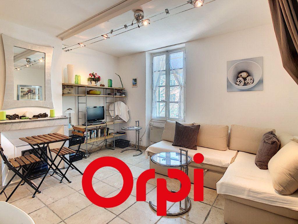 Appartement à vendre 2 30.18m2 à Bandol vignette-1