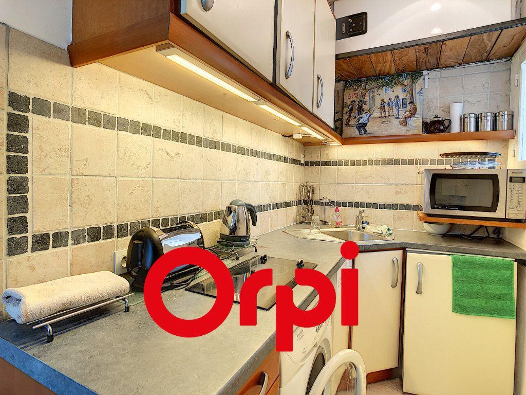 Appartement à vendre 2 30.18m2 à Bandol vignette-4