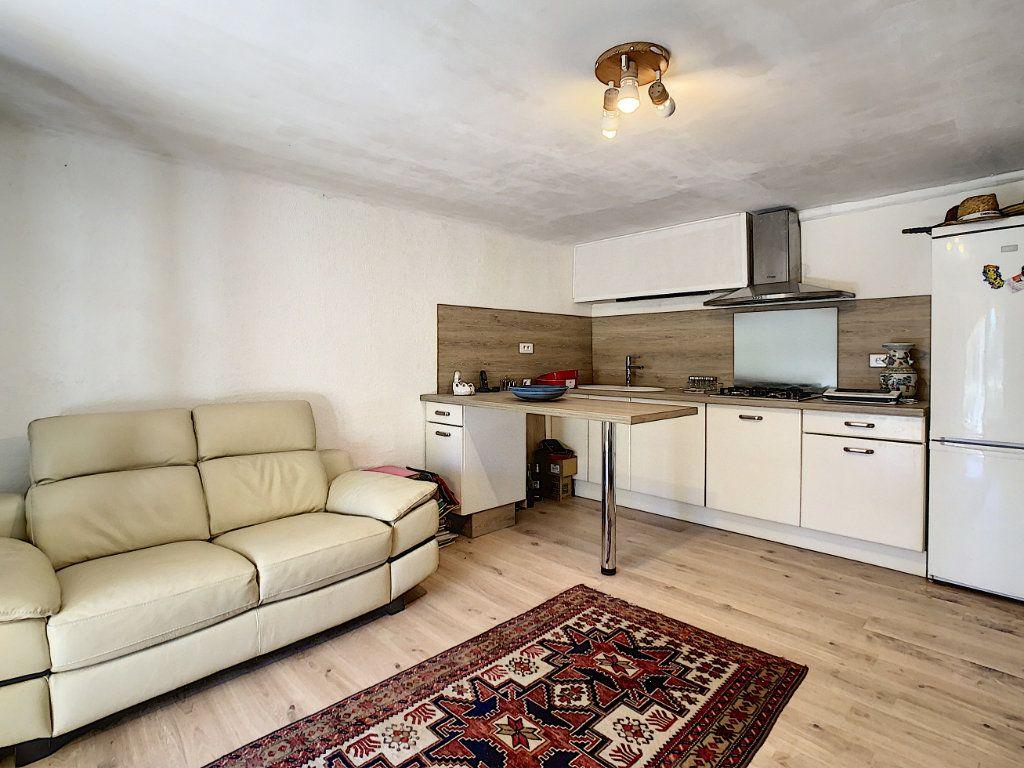 Maison à vendre 9 209m2 à La Cadière-d'Azur vignette-8