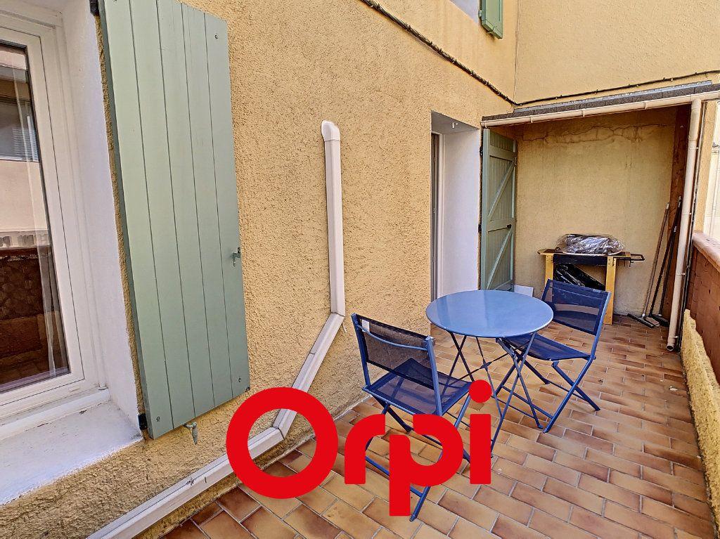 Appartement à vendre 2 23.85m2 à Bandol vignette-1