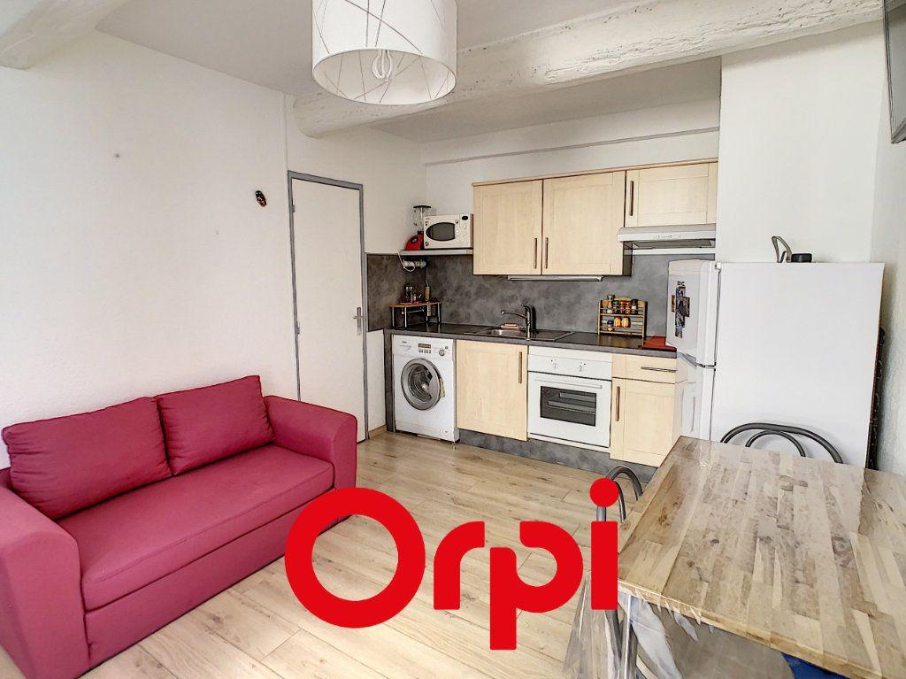 Appartement à vendre 2 23.85m2 à Bandol vignette-2