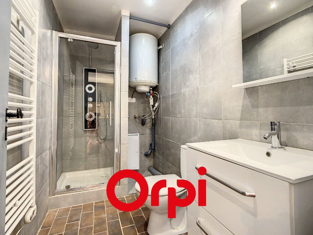 Appartement à vendre 1 31.87m2 à Saint-Cyr-sur-Mer vignette-2