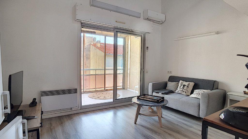 Appartement à louer 3 47.55m2 à Bandol vignette-3