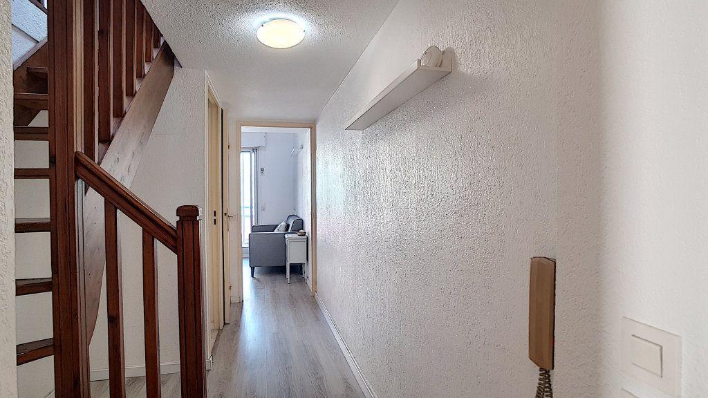 Appartement à louer 3 47.55m2 à Bandol vignette-6