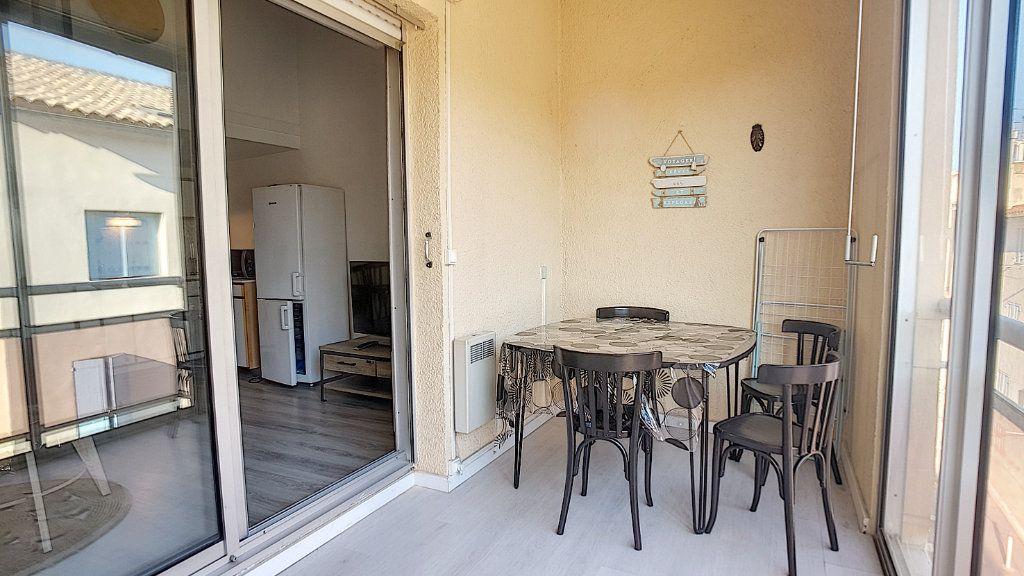 Appartement à louer 3 47.55m2 à Bandol vignette-8