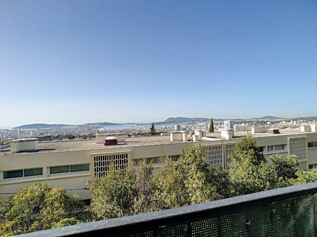 Appartement à louer 5 76.91m2 à Toulon vignette-3