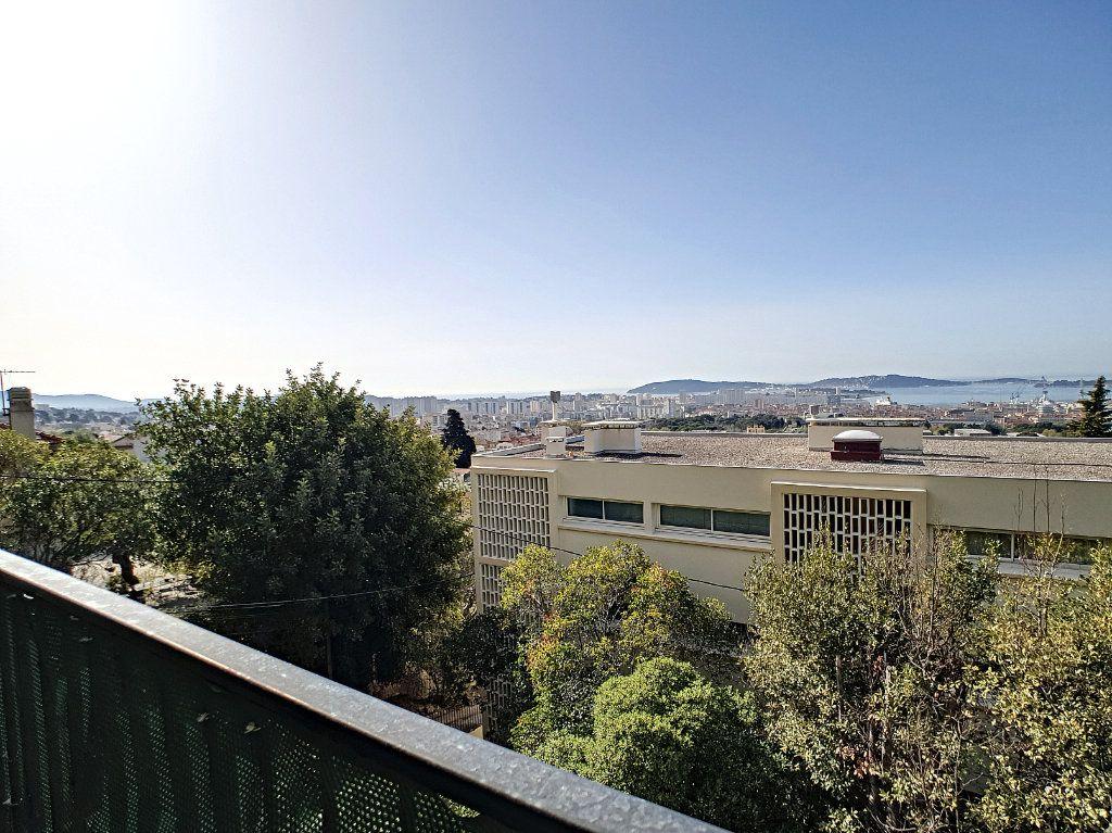 Appartement à louer 5 76.91m2 à Toulon vignette-4