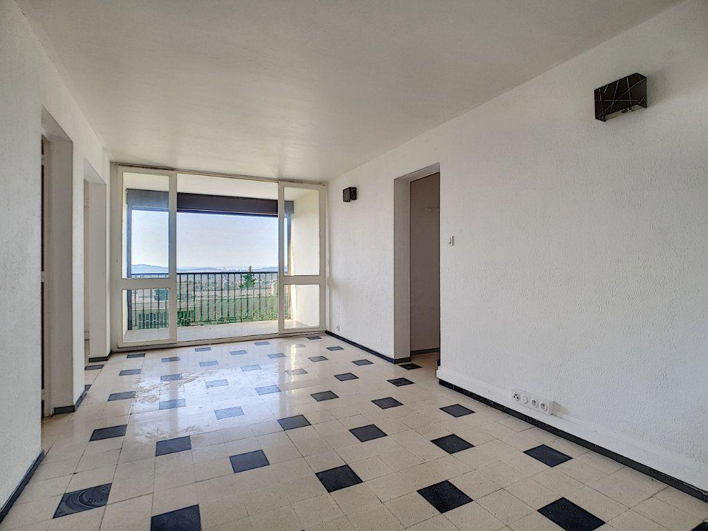 Appartement à louer 5 76.91m2 à Toulon vignette-5