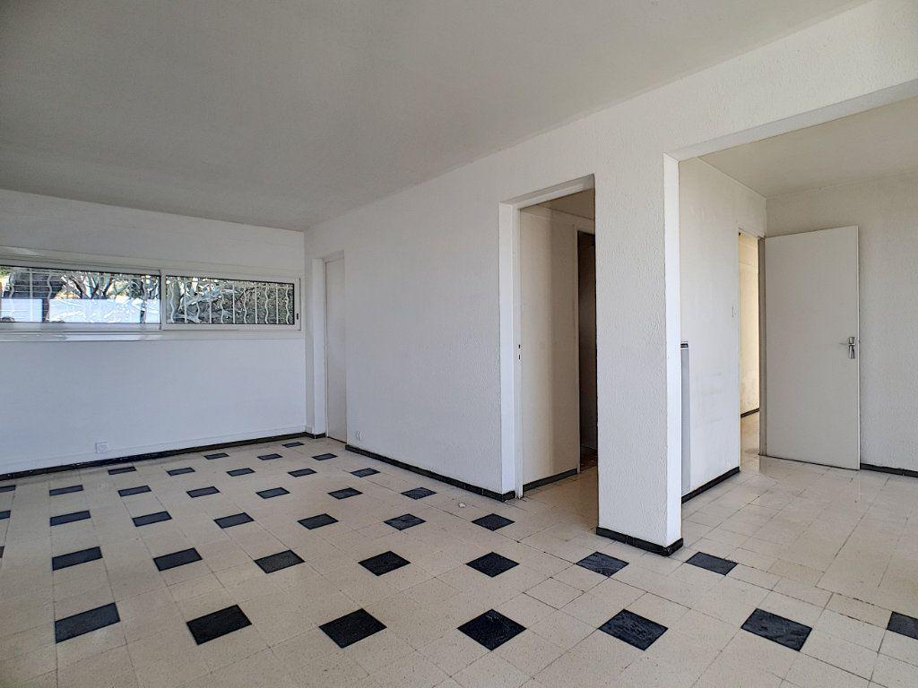 Appartement à louer 5 76.91m2 à Toulon vignette-6