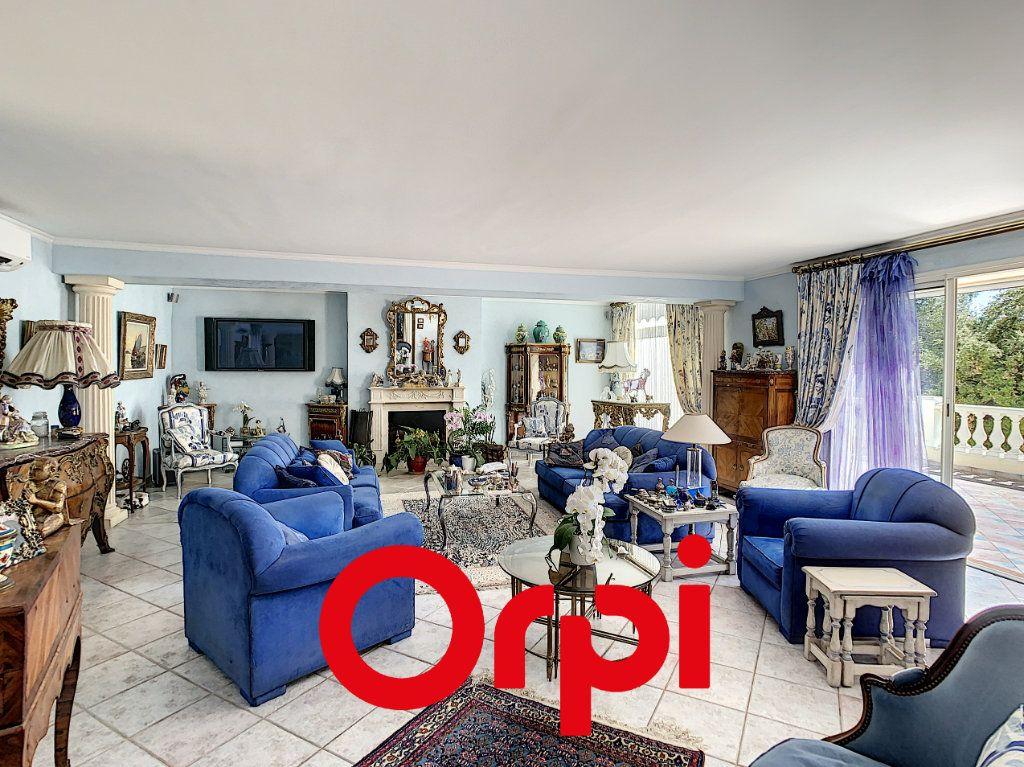 Maison à vendre 10 486m2 à La Cadière-d'Azur vignette-2