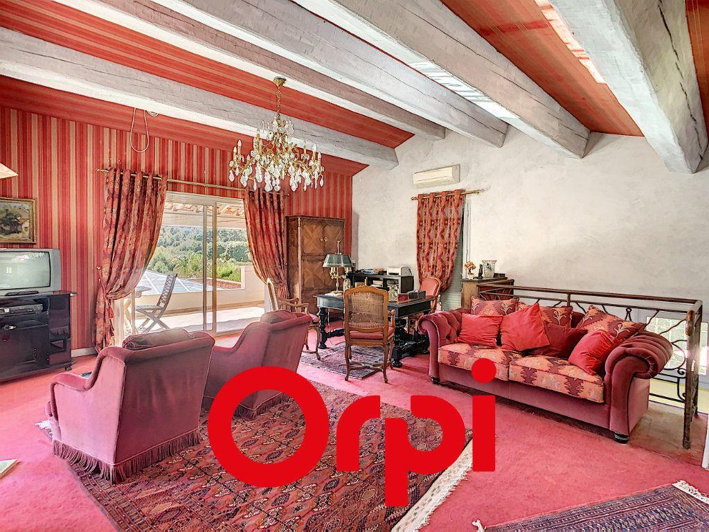 Maison à vendre 10 486m2 à La Cadière-d'Azur vignette-7