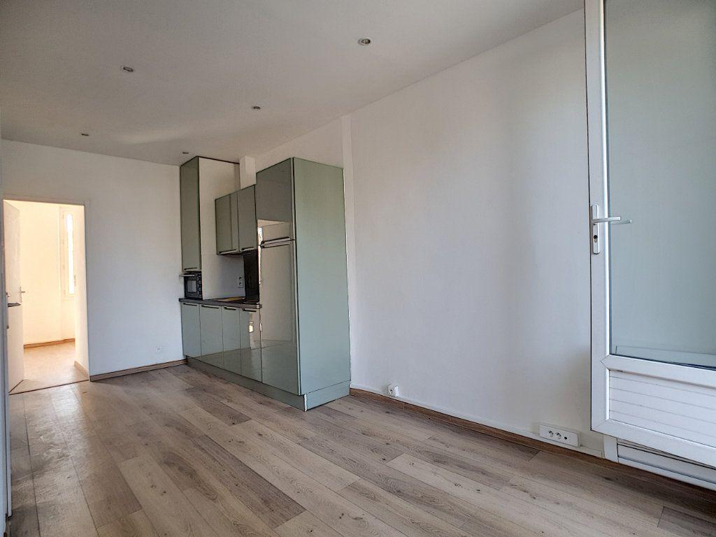 Appartement à louer 2 36.7m2 à La Seyne-sur-Mer vignette-4