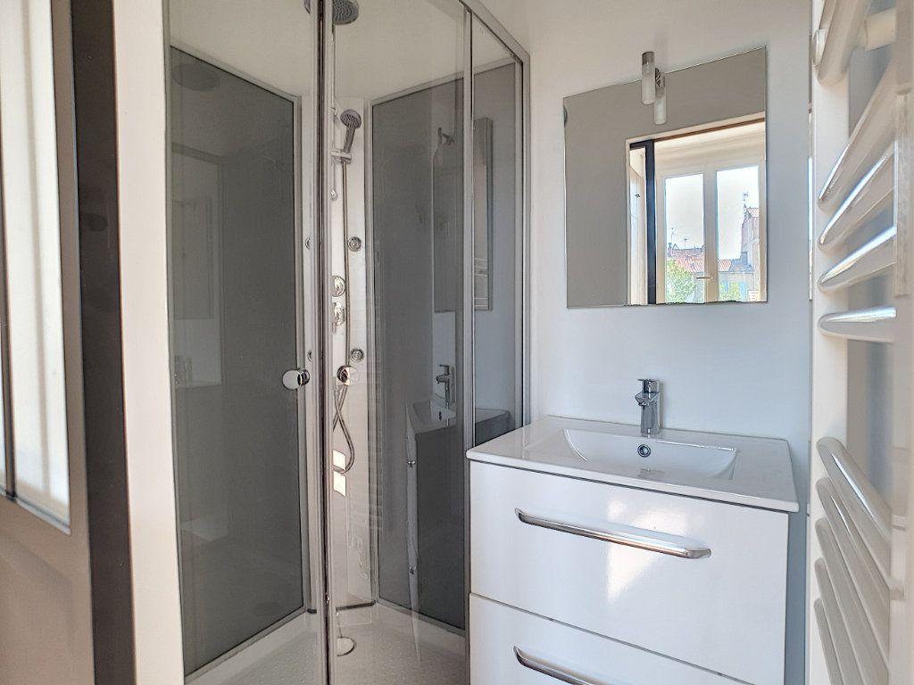 Appartement à louer 2 36.7m2 à La Seyne-sur-Mer vignette-7