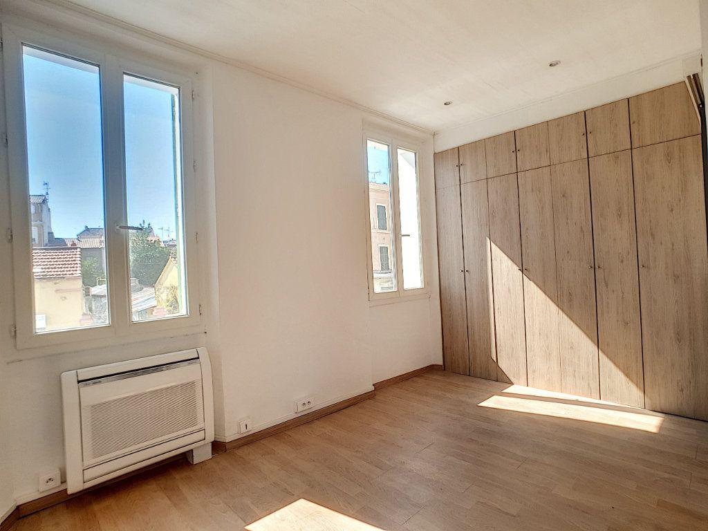 Appartement à louer 2 36.7m2 à La Seyne-sur-Mer vignette-8