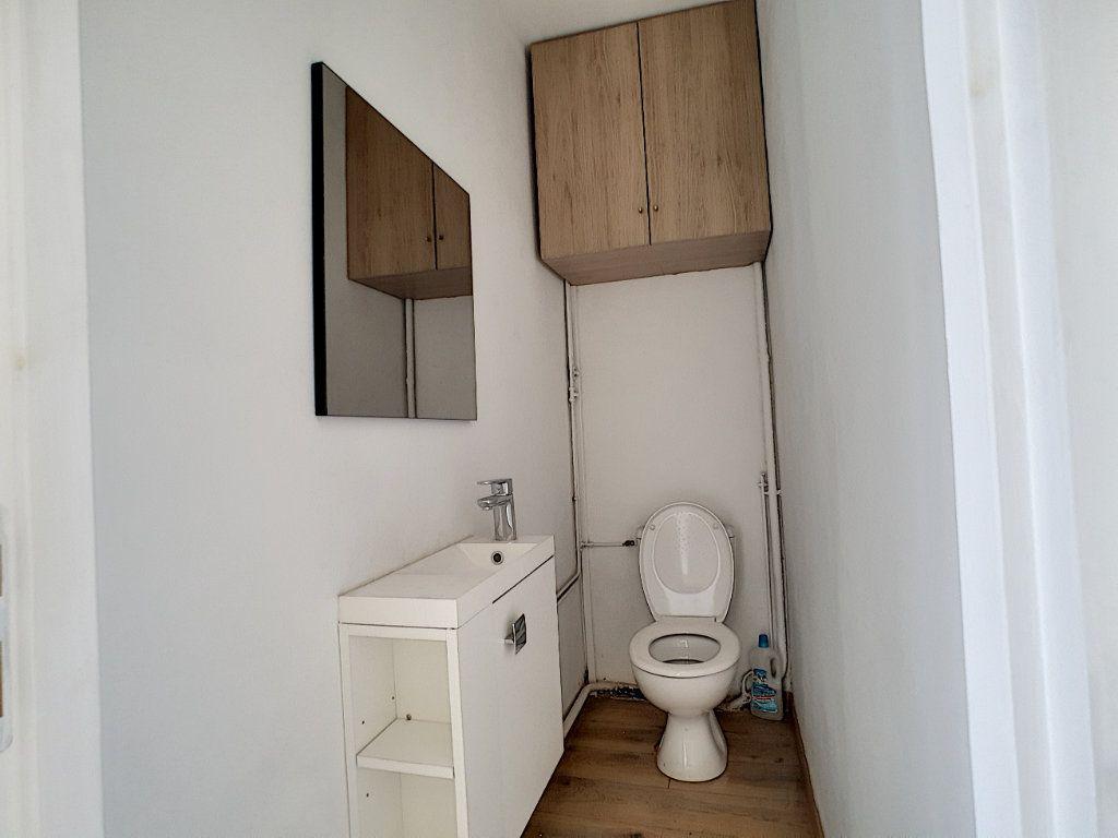 Appartement à louer 2 36.7m2 à La Seyne-sur-Mer vignette-10