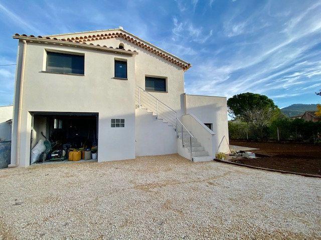 Appartement à vendre 3 63m2 à Saint-Cyr-sur-Mer vignette-5