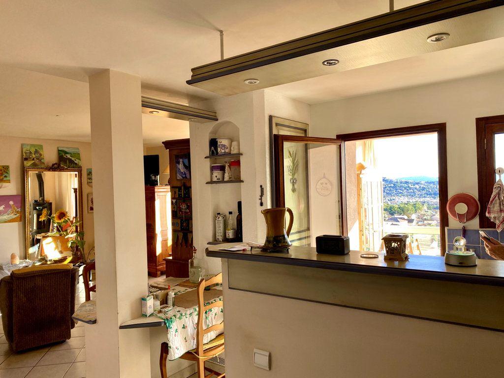 Maison à vendre 13 315m2 à Marseille 13 vignette-3