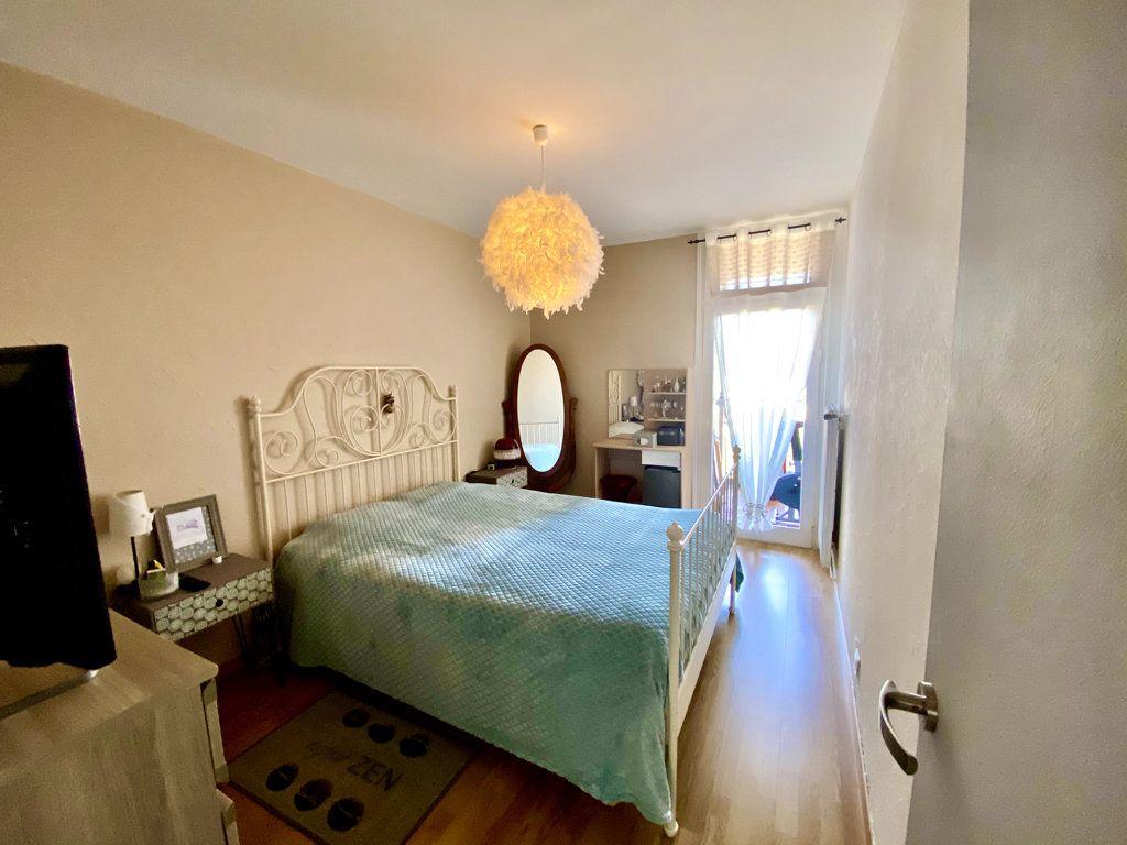 Appartement à vendre 4 81m2 à La Seyne-sur-Mer vignette-5