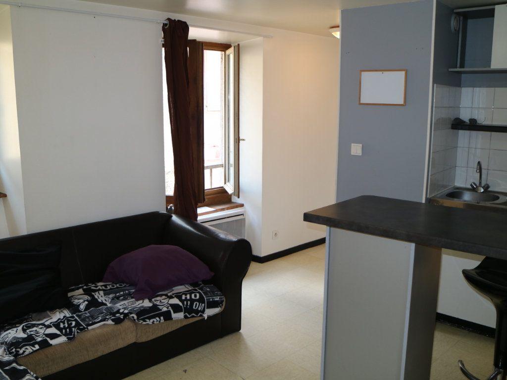 Appartement à louer 2 24m2 à Mende vignette-2