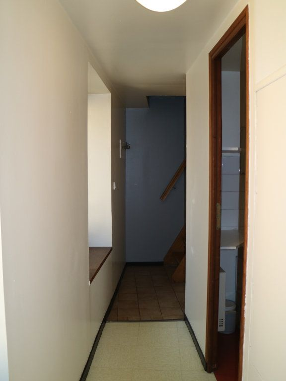 Appartement à louer 2 24m2 à Mende vignette-4